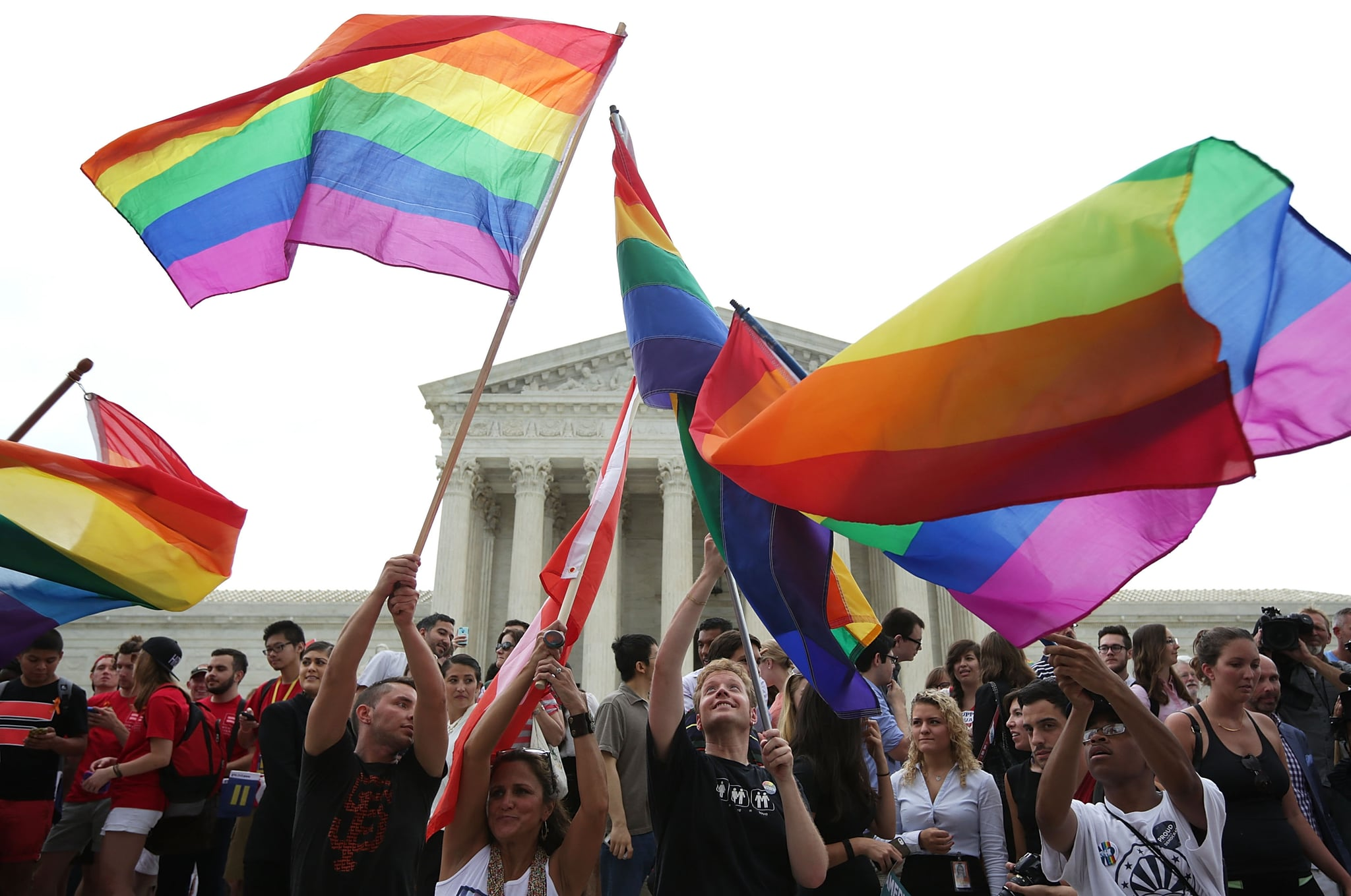 homosexual marriages in the us should be legalized because homosexual couples are equal to heterosex Despite the us supreme court ruling that legalized same-sex marriage, gay and lesbian couples face roadblocks to adopting children from foster care in some states.