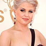 Kelly Osbourne in purple at the Emmys.