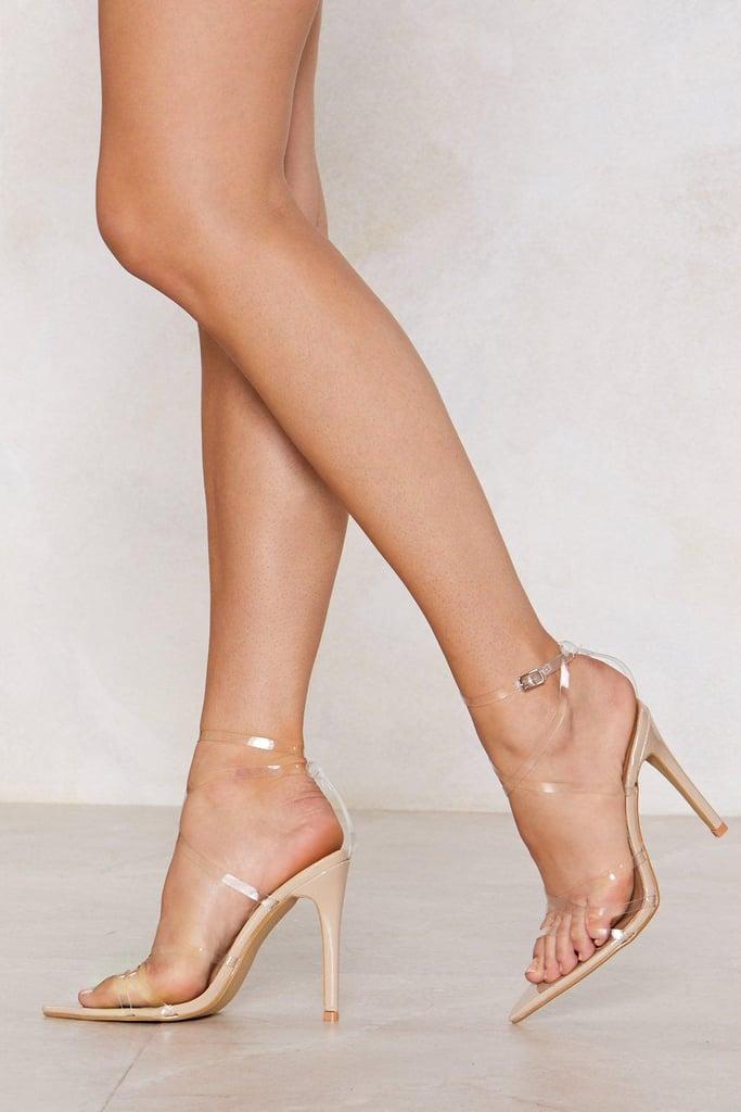 42b4660d8f0 Nastygal In the Clear Heel   Priyanka Chopra's Peach Outfit at ...