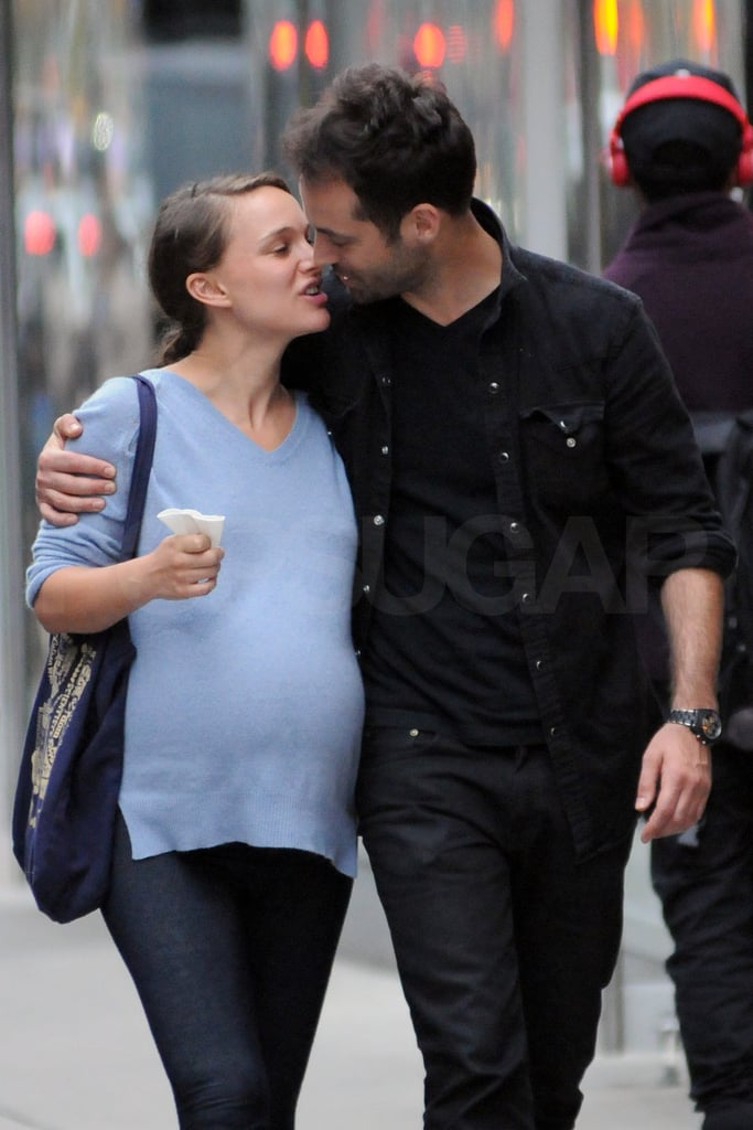 Pregnant Natalie Portman and Benjamin Millepied kissed in ...