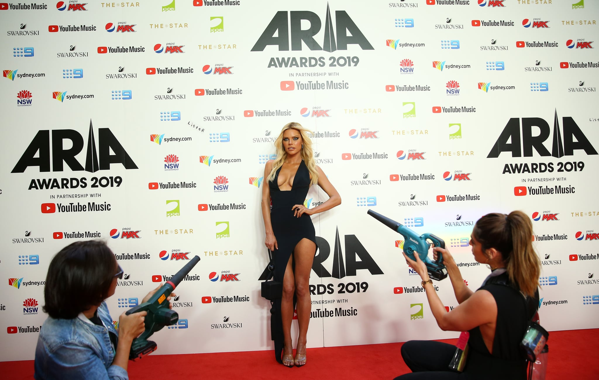 SYDNEY, AUSTRALIA - NOVEMBER 27: Sophie Monk arrives for the 33rd Annual ARIA Awards 2019 at The Star on November 27, 2019 in Sydney, Australia. (Photo by Don Arnold/WireImage)
