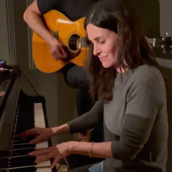 Watch Courteney Cox Play Friends Theme Song on Piano
