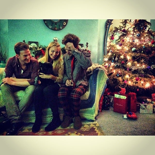 Ellie Goulding got in the holiday spirit on Christmas Eve. Source: Instagram user elliegoulding