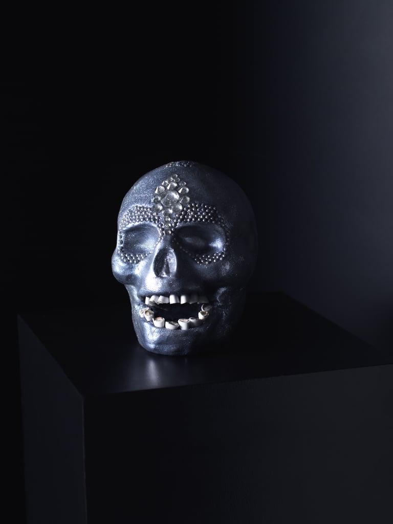 Damien Hirst-Inspired Skull Cake