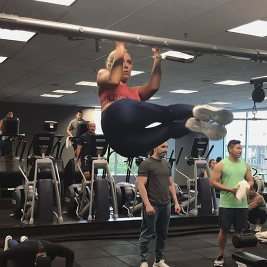 Lindsey Vonn Hanging Core Exercise