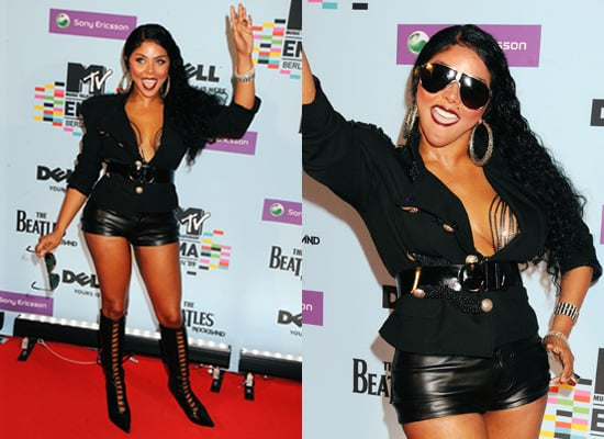 Photos of Lil Kim Arriving at the MTV EMA Awards 2009