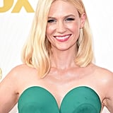 She kept her look for the 2015 Emmy Awards modern and fresh, donning a centre part, shoulder-skimming locks and a pink lip. All the attention was definitely on that sleek green pantsuit!