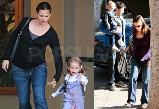 Photos of Jennifer Garner Picking Up Violet Affleck From School 2008-10-10 14:00:54