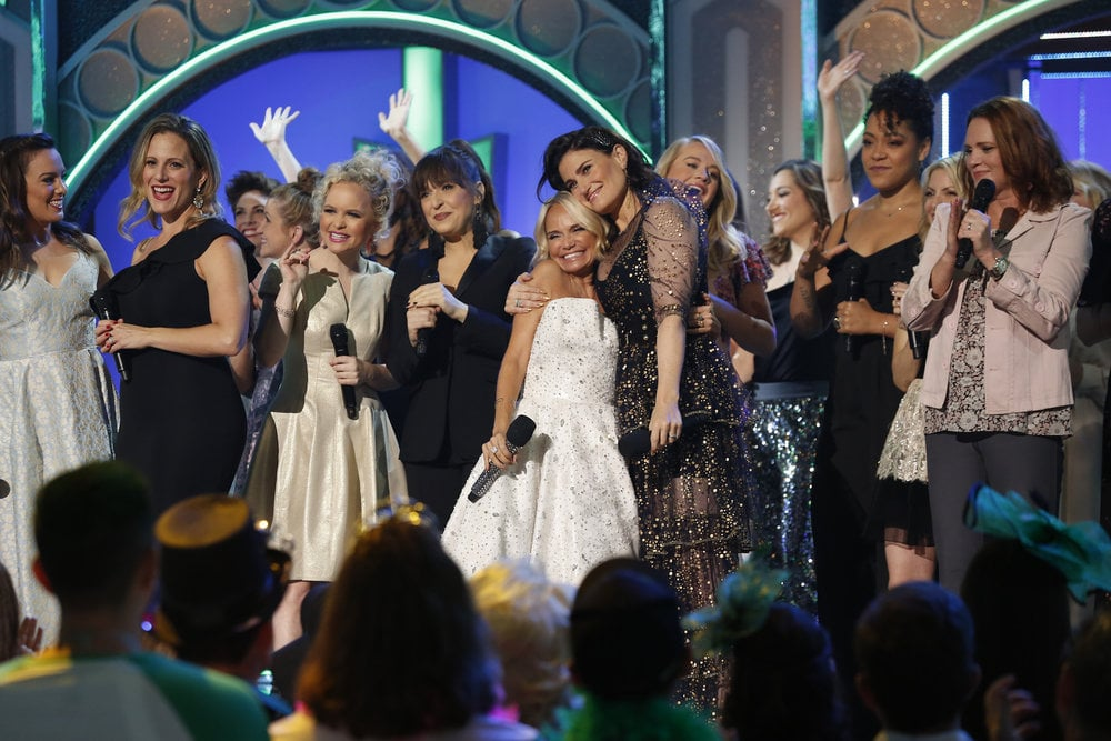 "Good Luck Not Crying Over Idina Menzel and Kristin Chenoweth's ""For Good"" Performance"