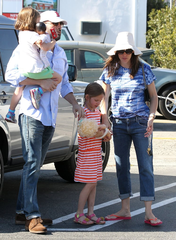"Boston native Ben wore a Red Sox hat for a stop with his girls at Brentwood Country Mart this past Spring in LA (and also showed some sweet PDA with his wife!). The doting dad has been keeping his hometown in mind since the Boston Marathon bombings paralyzed the city. Ben made his support known on his Twitter account, sharing, ""Such a senseless and tragic day. My family and I send our love to our beloved and resilient Boston."""
