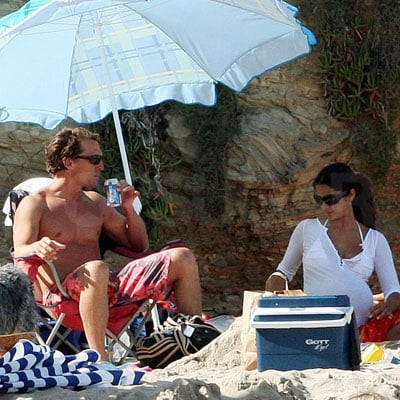 Matthew McConaughey and Camila Alves Out in Malibu 2008-06-22 21:42:06