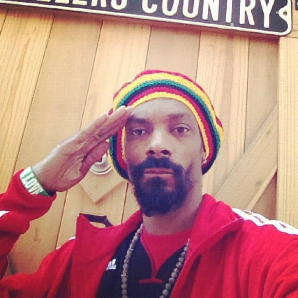 Snoop Dogg posed in a Rastafarian hat.  Source: Instagram user snoopdogg