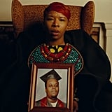 Lezley McSpadden holding a picture of Michael Brown