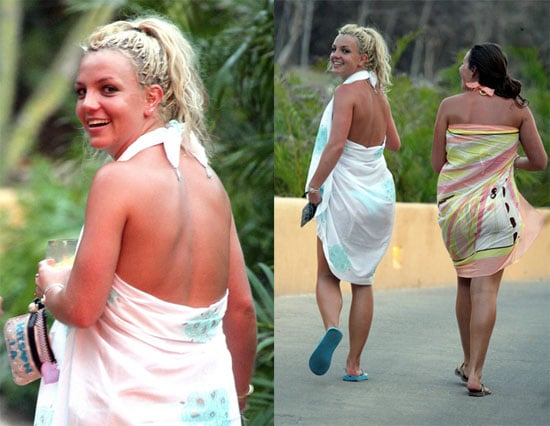 Britney Hops to Mexico as Mom Heads to The View