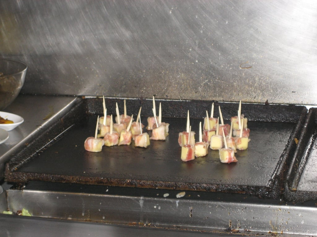 The Spanish tapa that inspired my skewers was cooked on a flatbed grill.