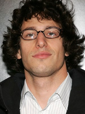 samburg chatrooms Lonely island comic andy samberg shocked the audience of snl on saturday night with an outrageous skit about a woman who yearned to be treated like osama bin laden in the bedroom.