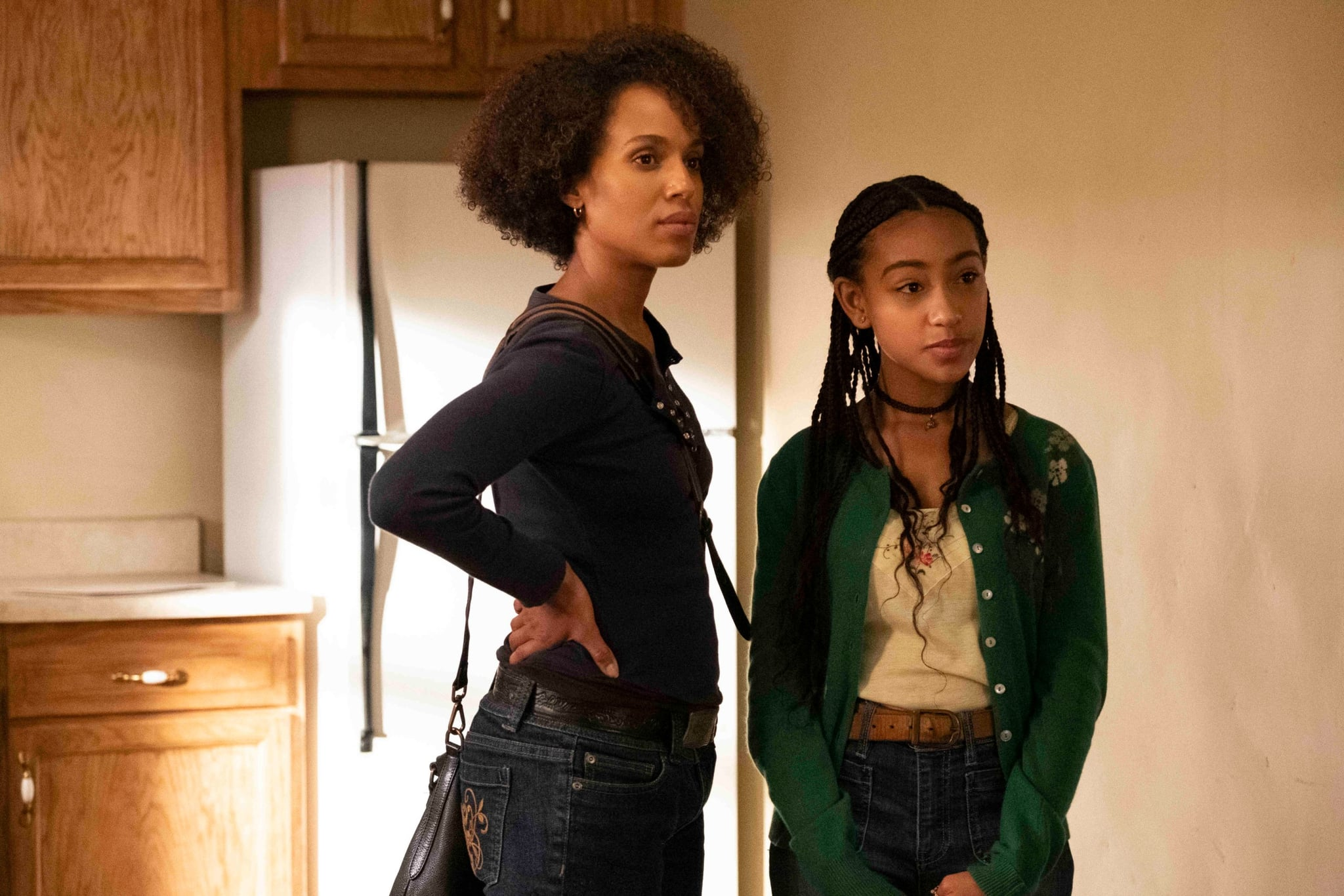 LITTLE FIRES EVERYWHERE, from left: Kerry Washington, Lexi Underwood, The Spark, (Season 1, ep. 101, aired Mar. 18, 2020). photo: Erin Simkin / Hulu / Courtesy Everett Collection