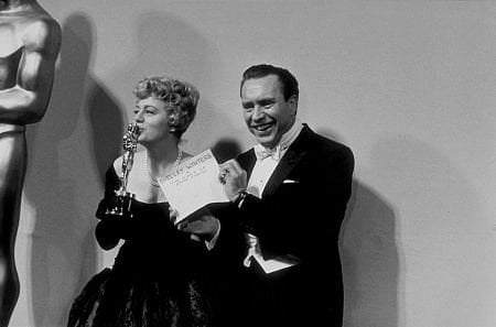 Shelley Winters, 1960