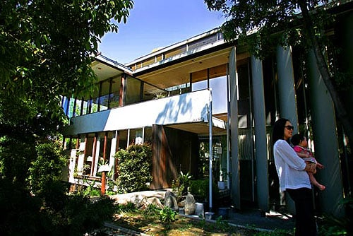 In the News: A Richard Neutra in Dire Straits