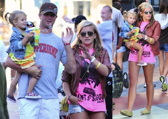 Pictures of Jamie Lynn Spears, Casey, and Maddie Aldridge Visiting Her Parents in LA