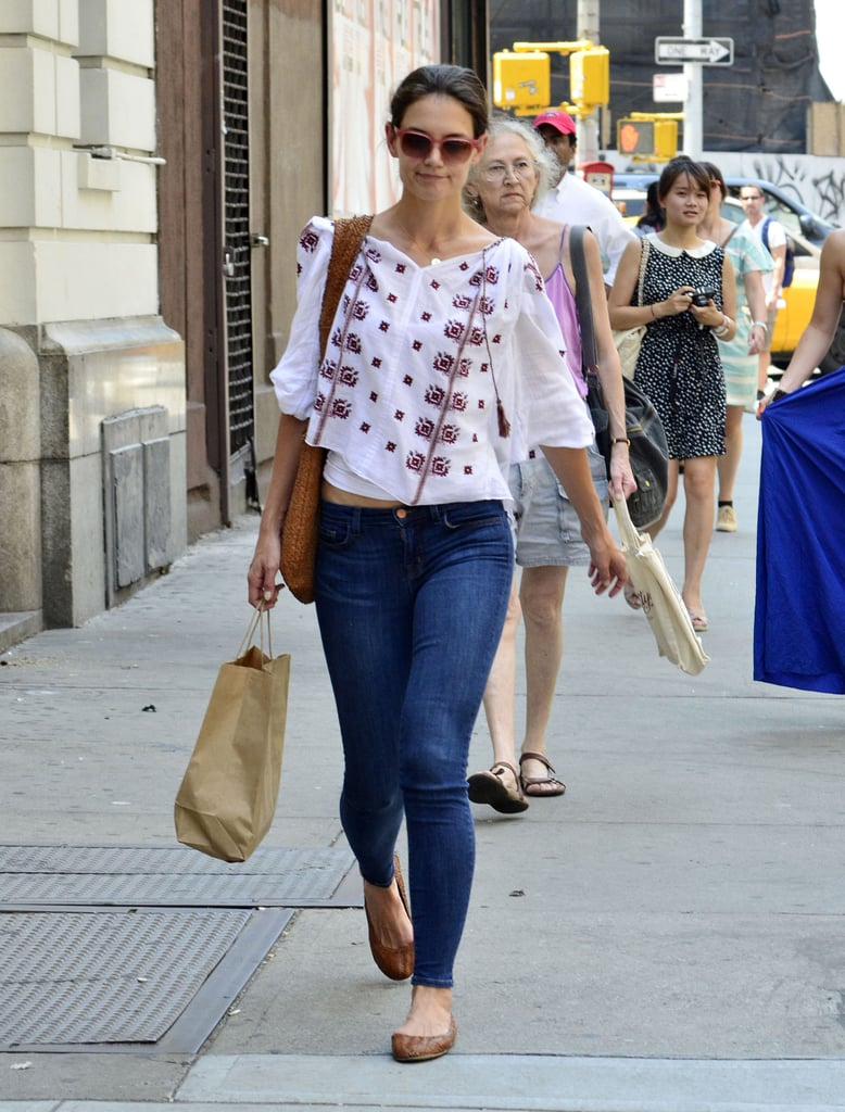 Katie Holmes went grocery shopping in NYC.
