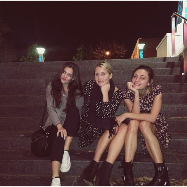 Danielle campbell and phoebe tonkin - photo#24