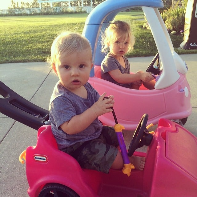 Jessica Simpson's cuties, Maxwell and Ace Johnson, went for a ride in their Little Tikes cars. Source: Instagram user jessicasimpson
