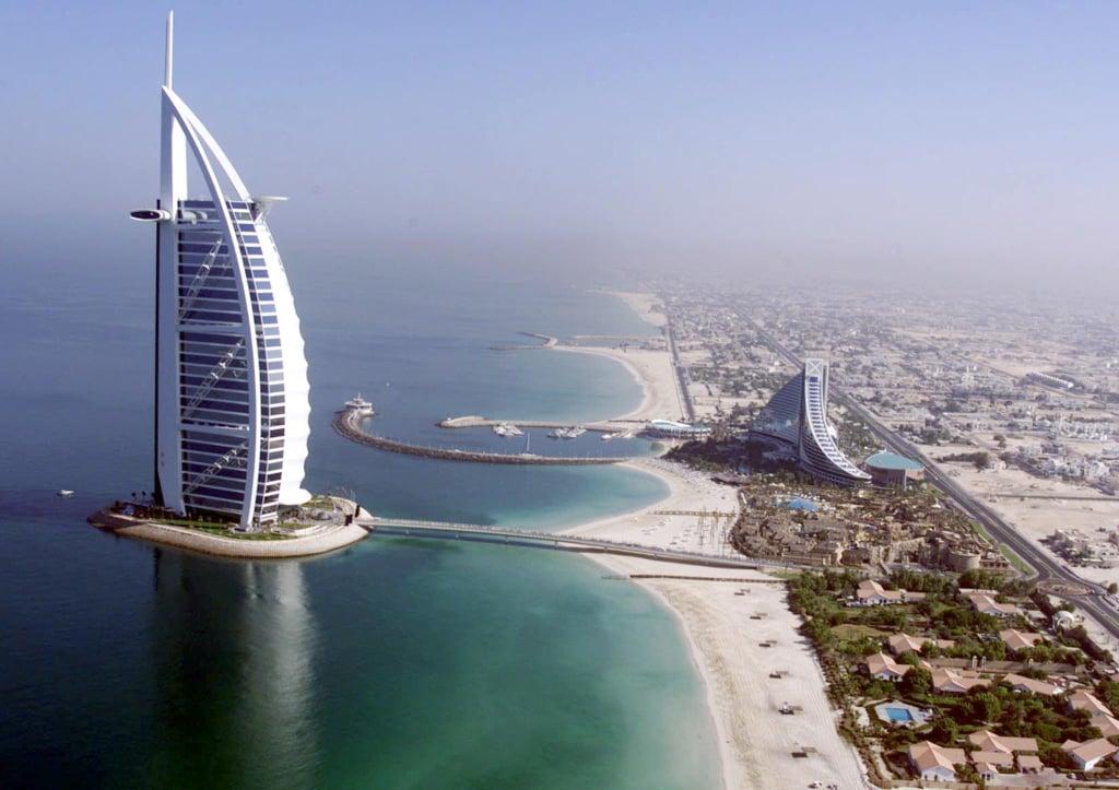 قائمة أنشطة يمكن القيام بها فندق برج العرب في دبي