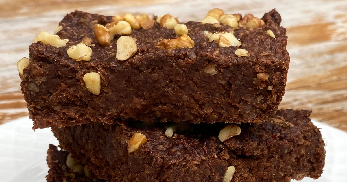 If You're Avoiding Sugar and Craving Brownies, Try This 5-Ingredient Vegan Recipe