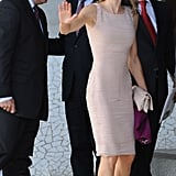 When She Wore the Perfect Sheath Dress