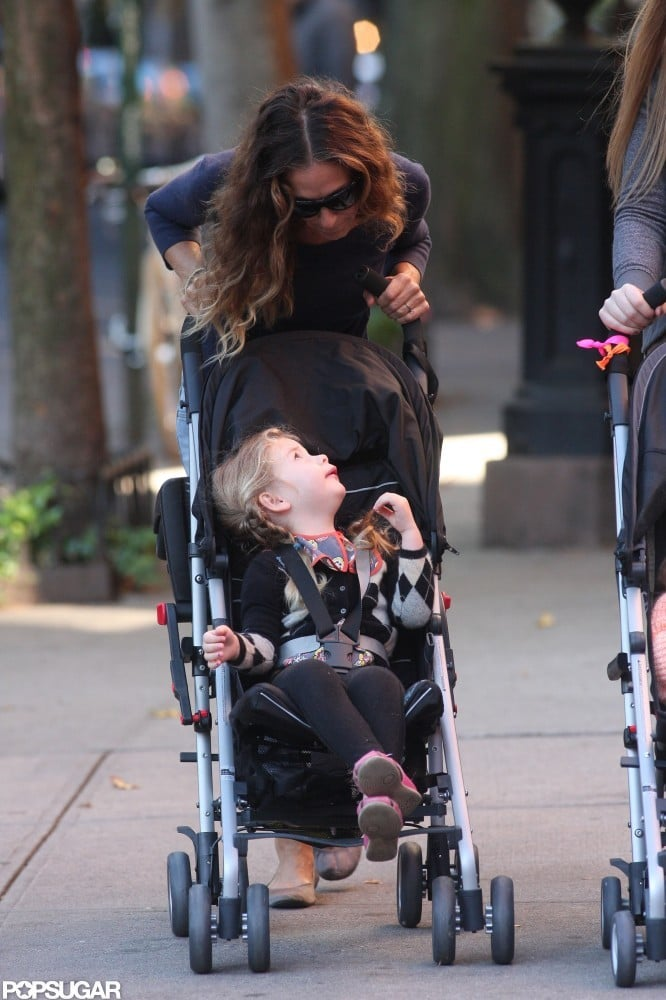 Sarah Jessica Parker and Tabitha Broderick gave each other a cute glance.