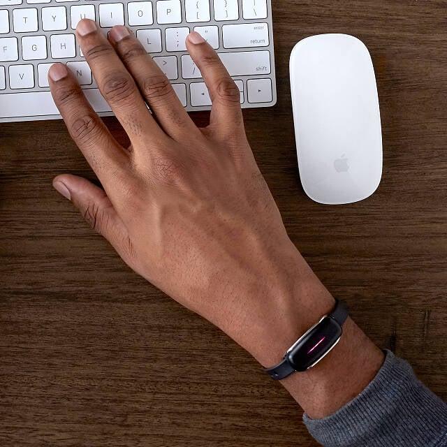 Long Distance Touch Bracelet Set