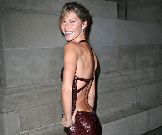 Slide Picture of Gisele Bundchen in New York 2010-09-23 20:39:34