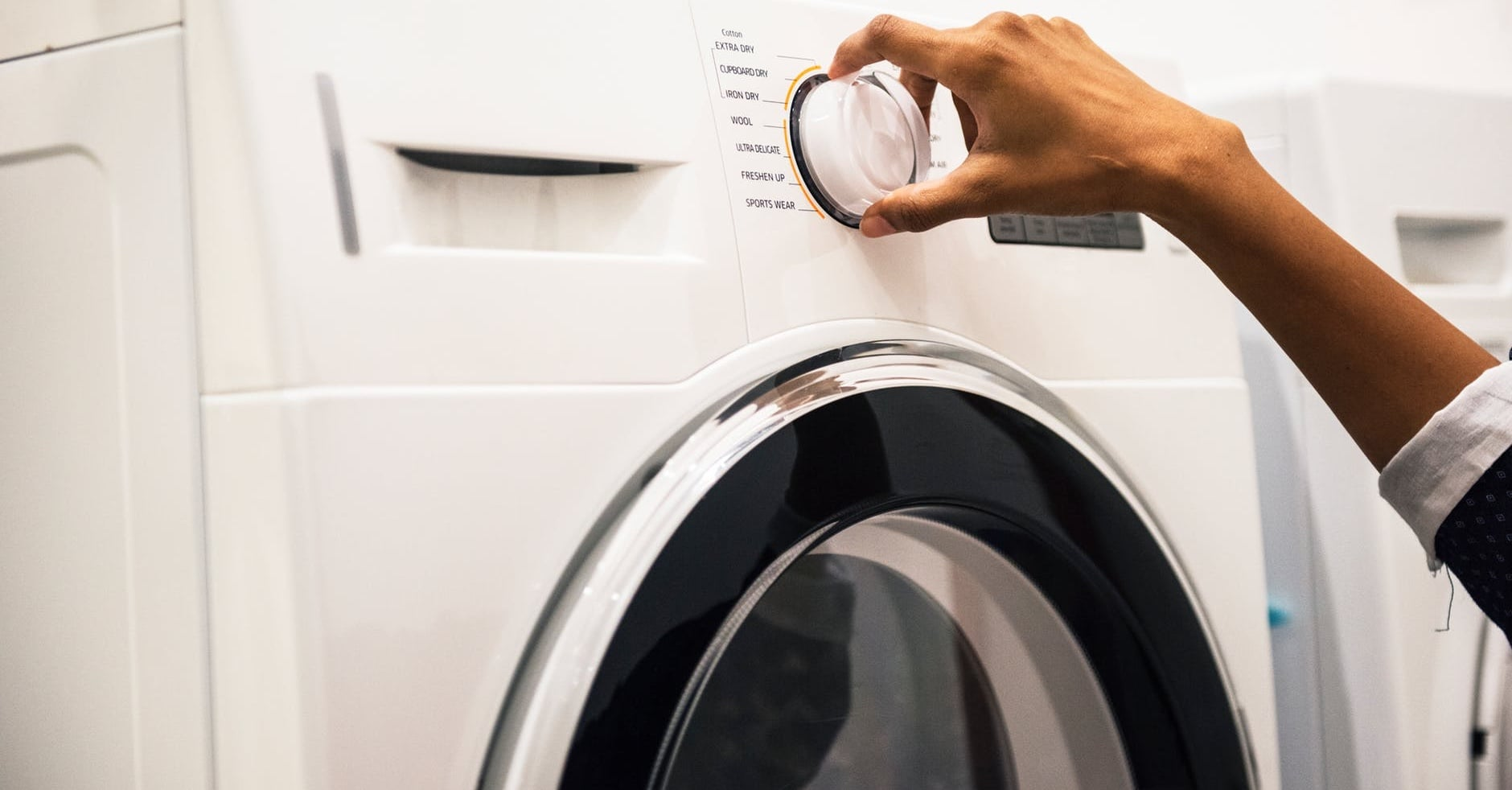 I Put Ice Cubes in My Dryer Instead of Ironing My Clothes, and the Result Blew My Mind