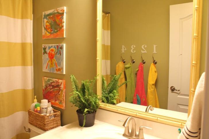 A shared kids bathroom kids bathroom decor ideas - Bathroom wall decorating ideas small bathrooms ...