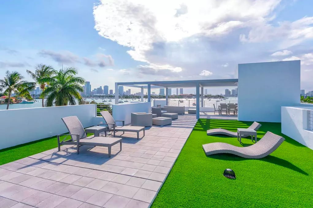 Kylie Jenner's Miami Mansion Will Make You Want to Quit Your Job and Go to the Beach