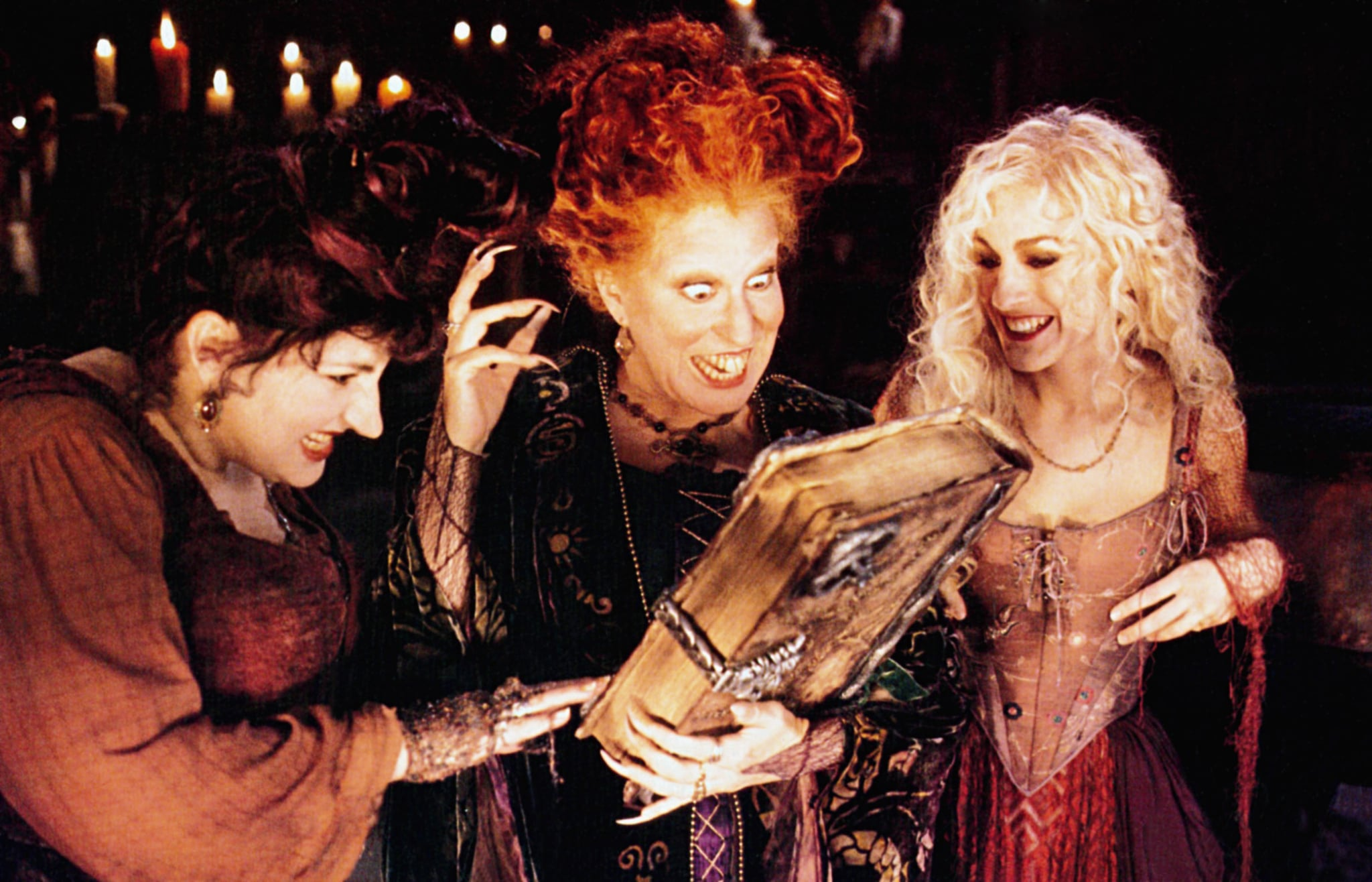 HOCUS POCUS, from left: Kathy Najimy, Bette Midler, Sarah Jessica Parker, 1993,  Buena Vista/courtesy Everett Collection