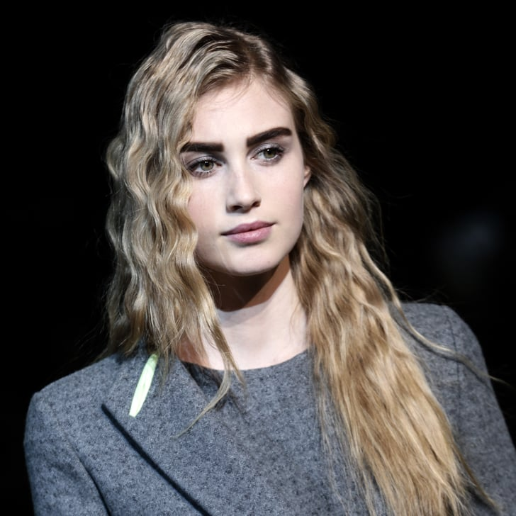Giorgio Armani Fall 2014 Hair and Makeup | Runway Pictures