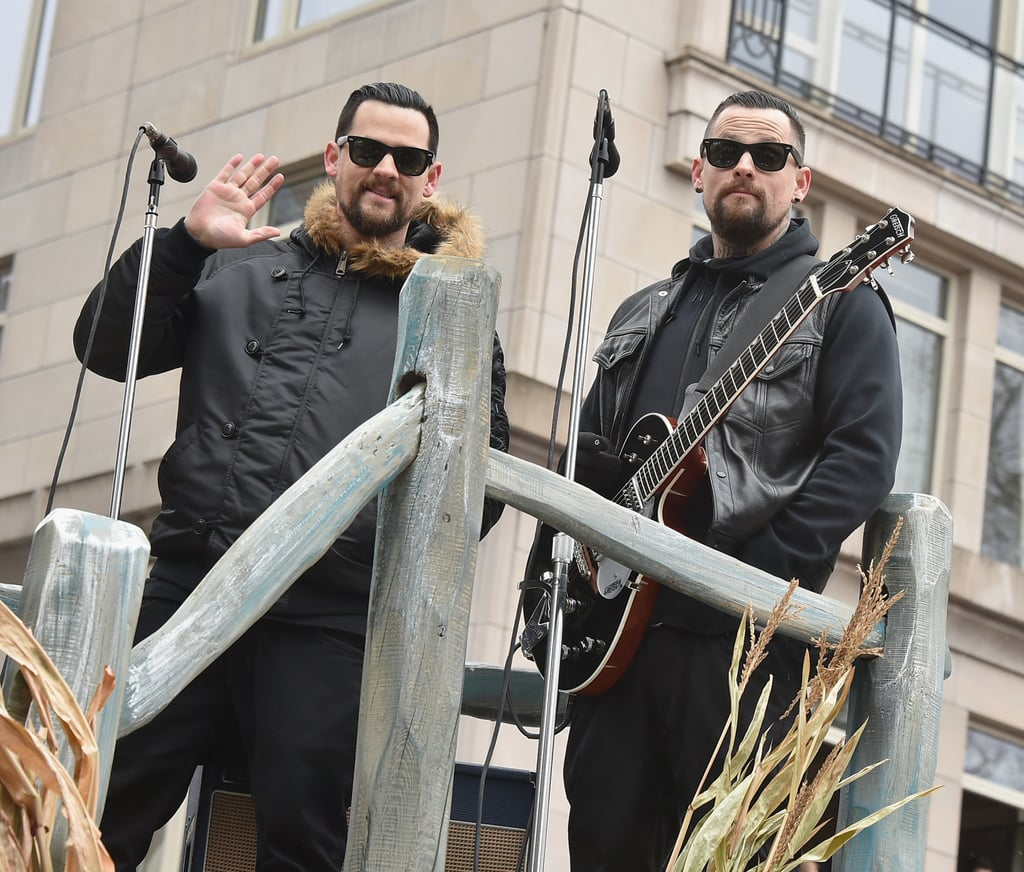 Brothers Joel and Benji Madden performed in black.