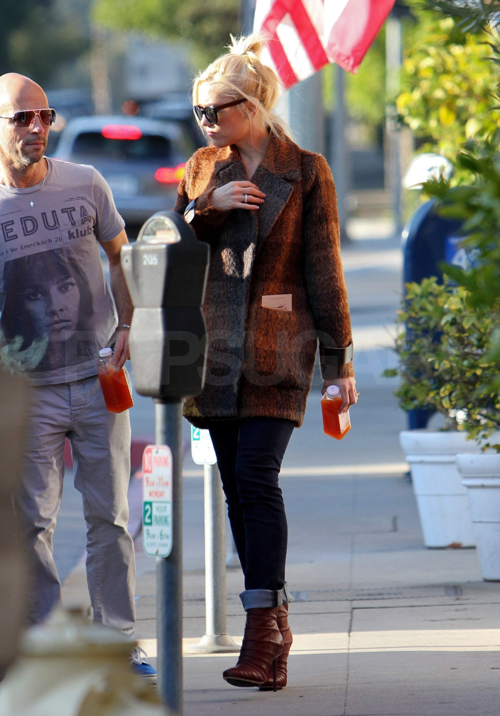 Gwen wore stilettos running errands around LA.