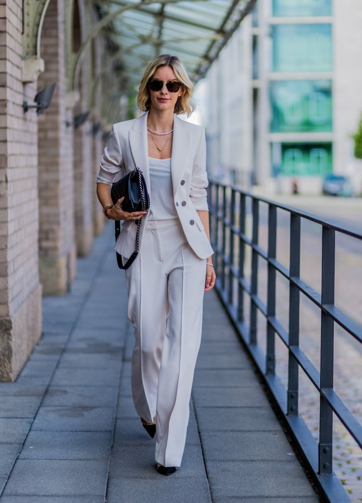 A perfectly tailored Summer suit