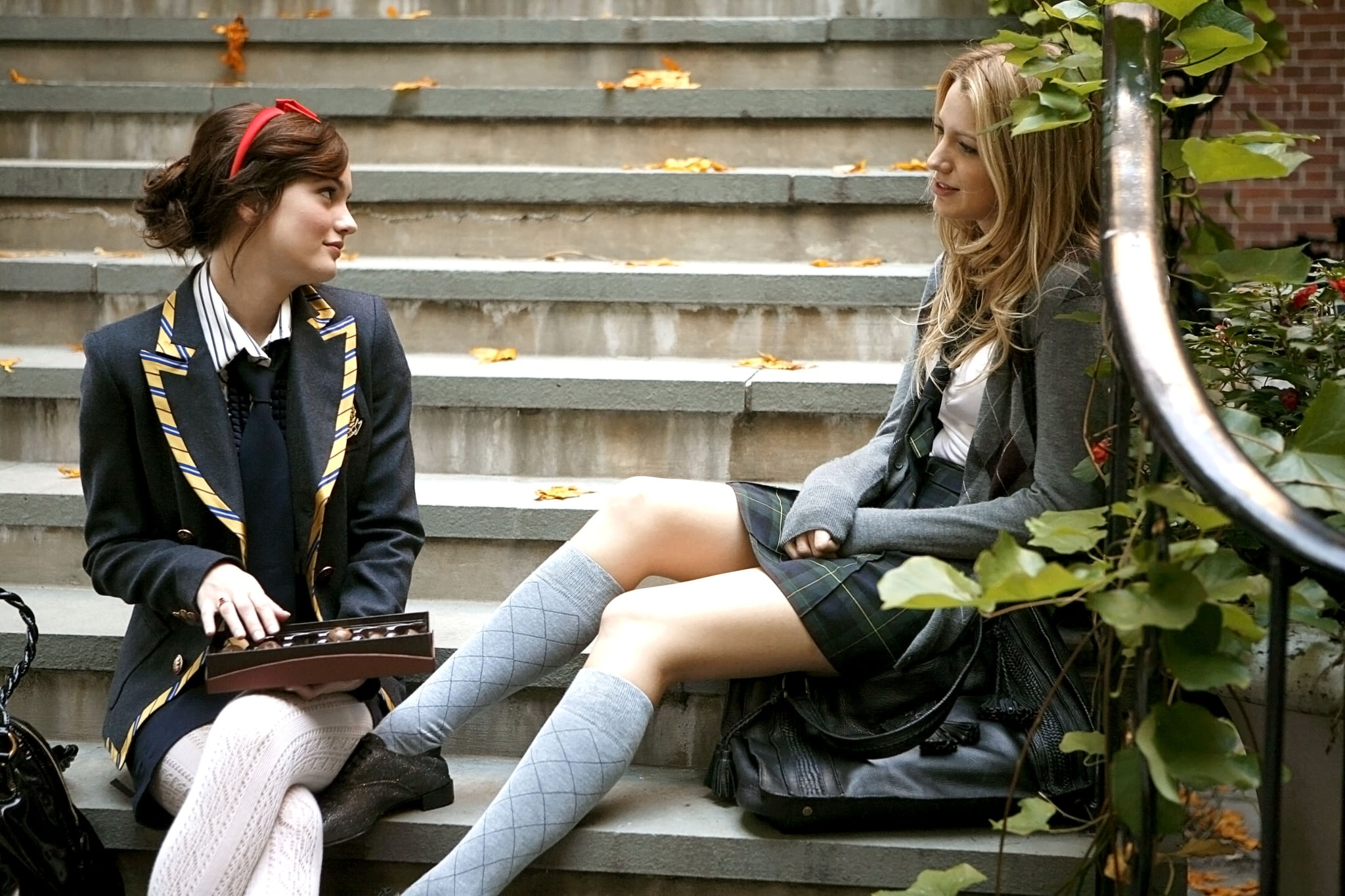 GOSSIP GIRL, Leighton Meester, Blake Lively (Season 1, 2007), 2007-,.  THE CW / courtesy everett collection