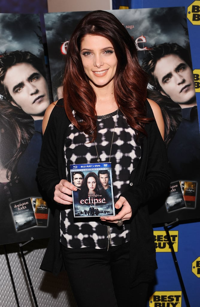 """Ashley Greene greeted fans and signed copies of the newly-released Eclipse DVD at a Best Buy in NYC yesterday evening. She twittered her excitement saying, """"OMG just met so many incredible fans. . . I am so grateful! Love you all!"""" At the event, she revealed her holiday wish list and football watching plans. She took advantage of time off from shooting Breaking Dawn by spending a few days in the city with boyfriend Joe Jonas. The happy couple hit up hot spot The Lion for a date on Thursday. While Ashley is on the East Coast, her Twilight costars are in Baton Rouge working on their final two movies. We got a glimpse at the Volturi including Dakota Fanning on set earlier this week, though the only Edward Cullen sighting was in Robert Pattinson's Water for Elephants trailer."""