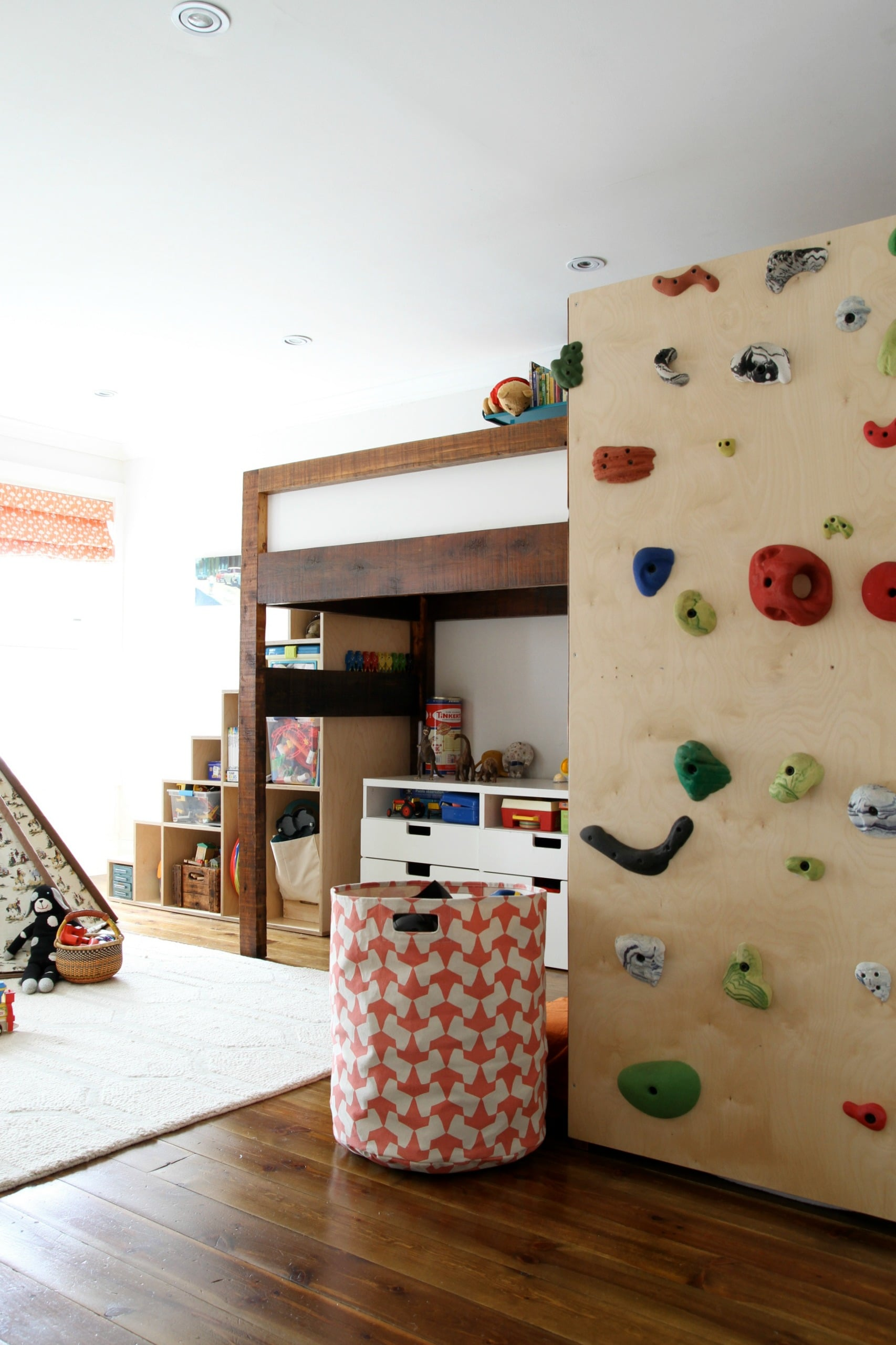 Picture of: A Bunk Bed Climbing Wall 14 Insanely Fun Ideas To Steal From A Kid Friendly Home Popsugar Home Photo 2