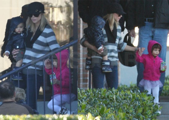 Photos of Elin Nordegren, Sam Woods, and Charlie Woods Together in Florida 2010-01-08 06:52:53