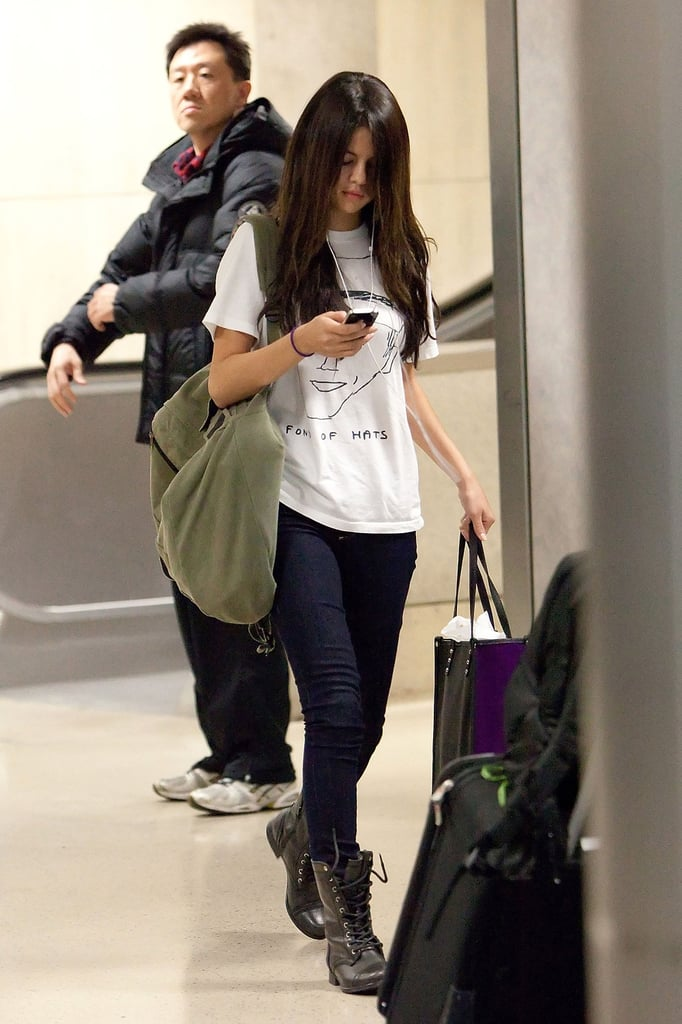 Skinny Jeans a Graphic Tee and Combat Boots  sc 1 st  Popsugar & Skinny Jeans a Graphic Tee and Combat Boots | Selena Gomez Airport ...