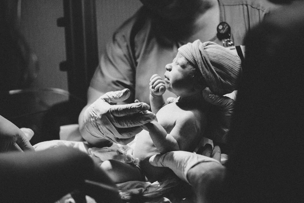 5 Tips For Photographing a Baby's Birth