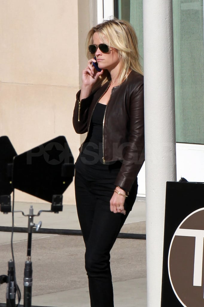 Reese Witherspoon took a phone call.