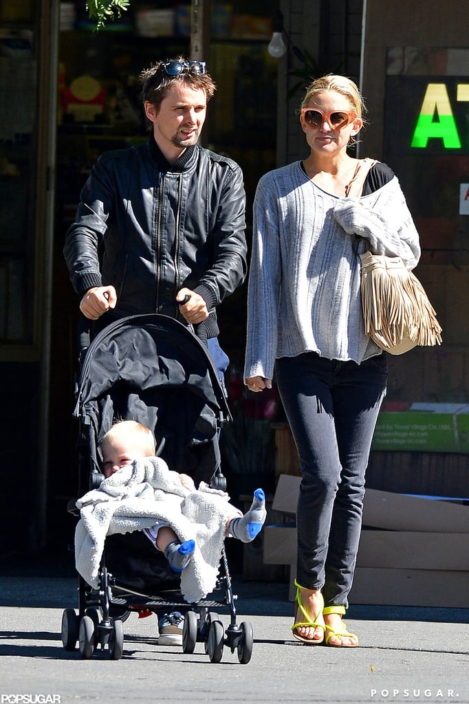 Kate Hudson and Matthew Bellamy Stroll With Bingham