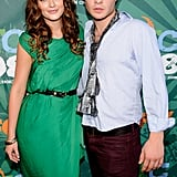 Onscreen couple Leighton Meester and Ed Westwick posed for a photo at the 2008 Teen Choice Awards in LA.